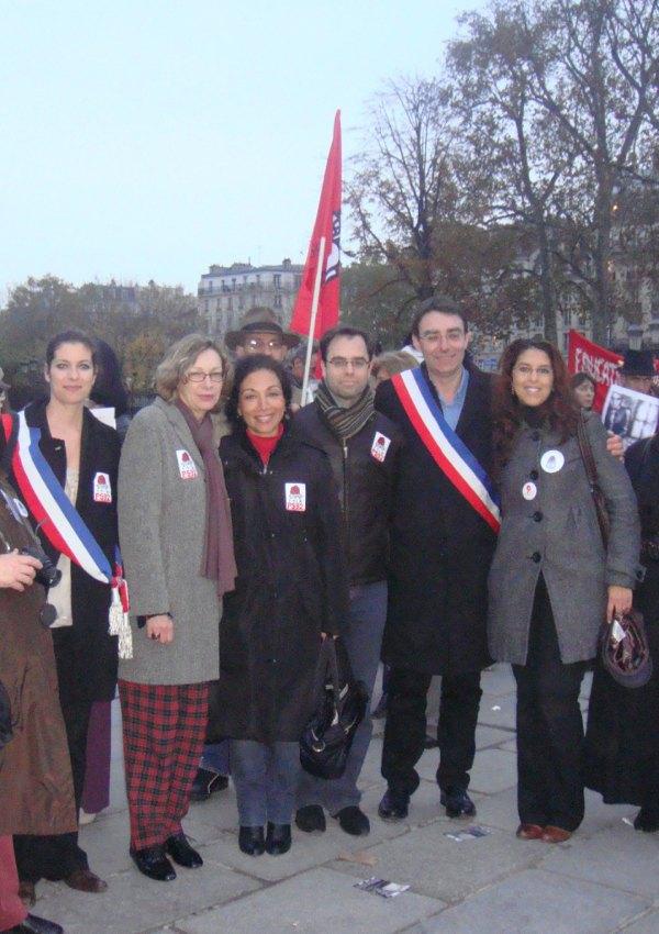 rassemblement RESF - Parvis Notre Dame -15 nov
